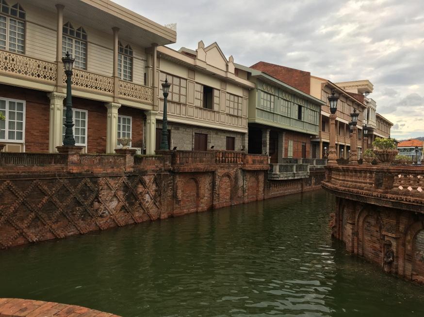 Las Casas Filipinas de Acuzar (4)