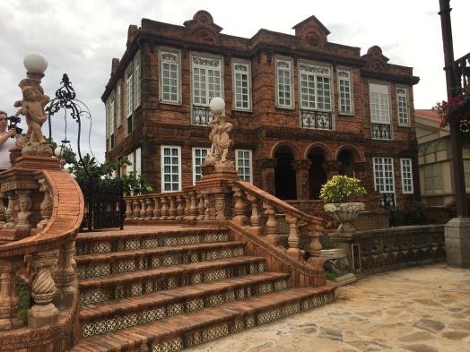 Las Casas Filipinas de Acuzar (6)